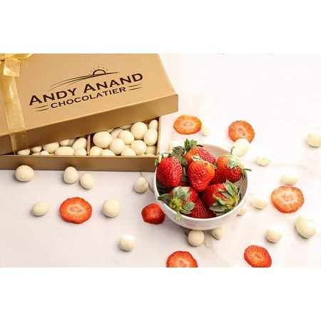 Andy Anand Special Gift Basket, Plush Teddy Bear with Premium Strawberry covered with Greek Yogurt Chocolate 1 lbs  For Birthday, Anniversary ()