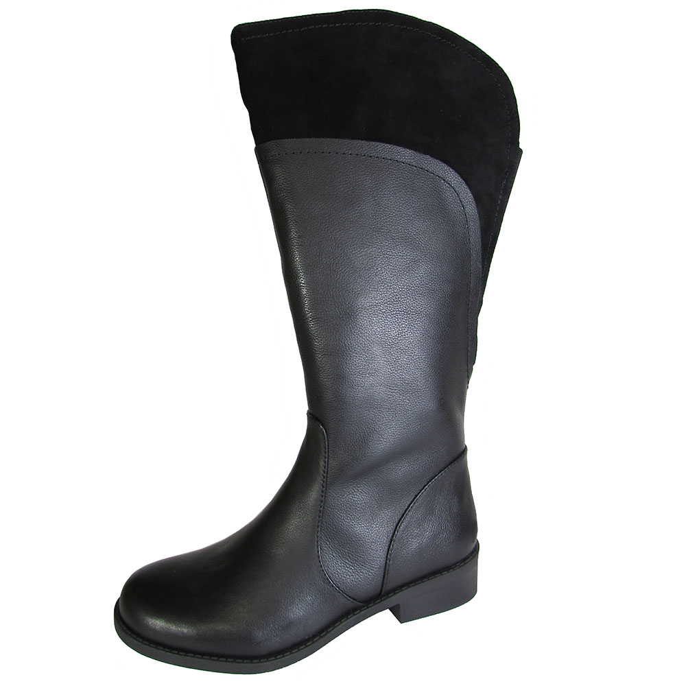 Me Too Womens Delancy Leather Riding Boot Shoe by Me Too