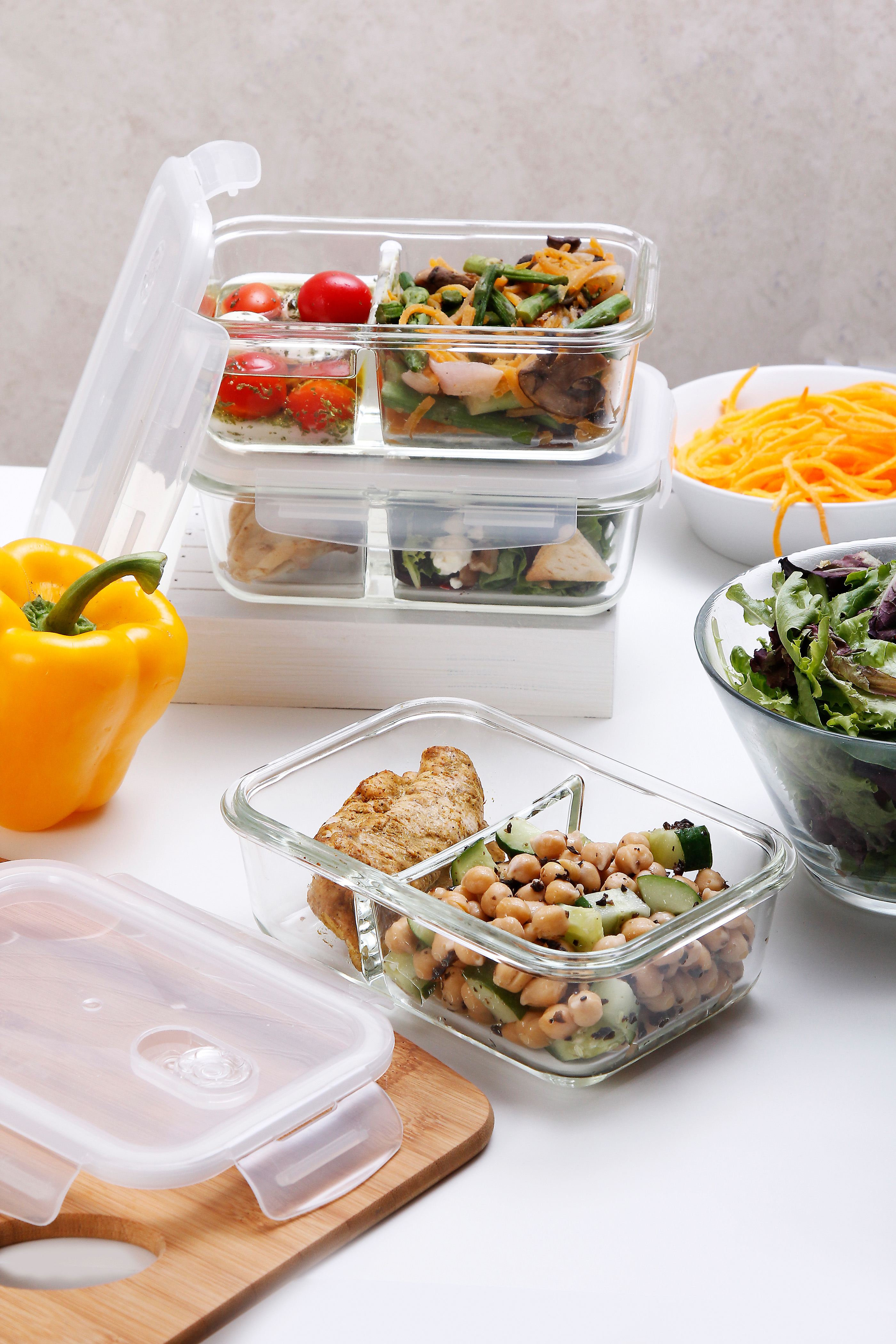 glass meal prep food storage containers with lids 3 pack 2 compartment containers
