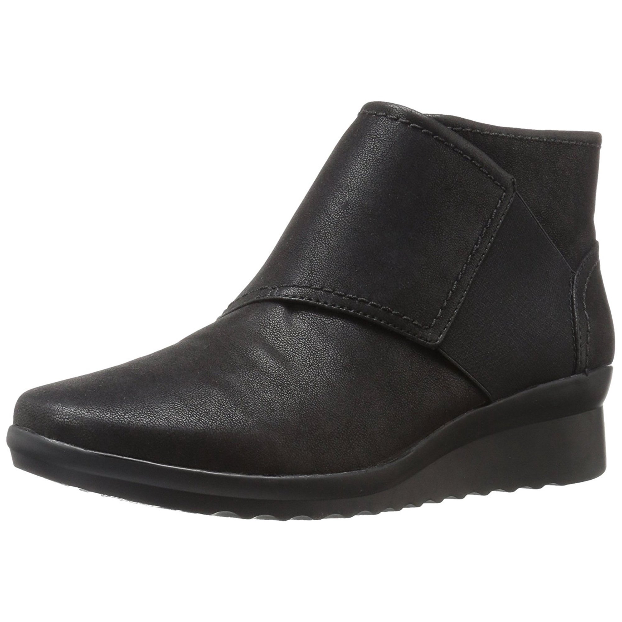e7da3faaf5 CLARKS Womens Caddell Rush Closed Toe Ankle Cold Weather Boots