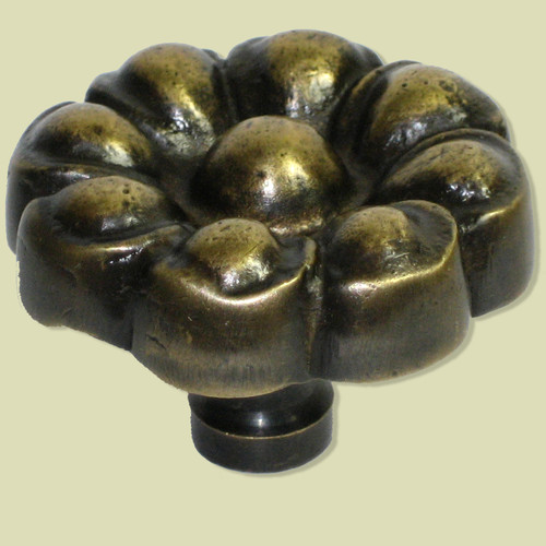 Gado Gado Hardware Flower Novelty Knob