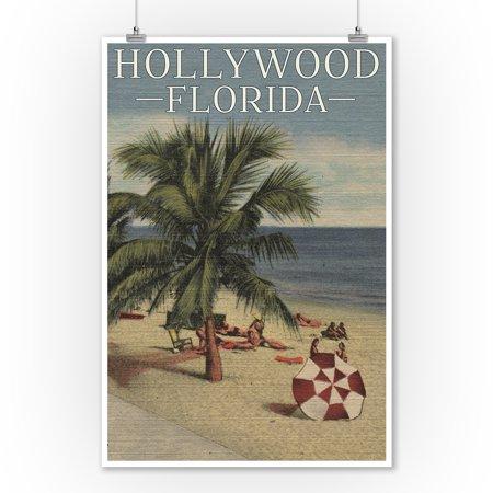 Hollywood, Florida - Beach Scene - Vintage Postcard (9x12 Art Print, Wall Decor Travel Poster) - Vintage Hollywood Decor