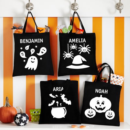 Spooktacular Halloween Party Ideas (Personalized Spooktacular Glow In The Dark Treat Bags - 4 Characters)
