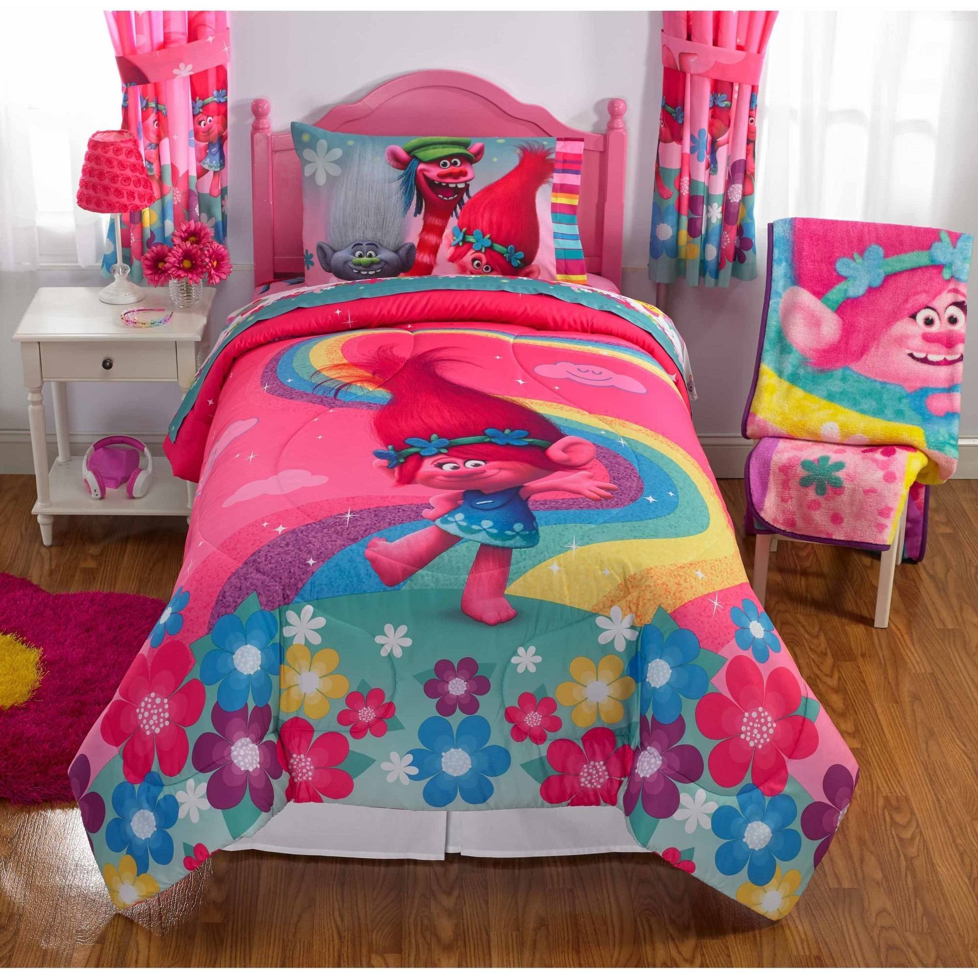 "Trolls ""Show Me A Smile"" Kid's Bedding Bed in Bag Bedding Set"