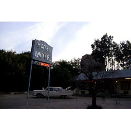 Bates Motel Sign (Bates Motel Poster Metal Sign 8inx)