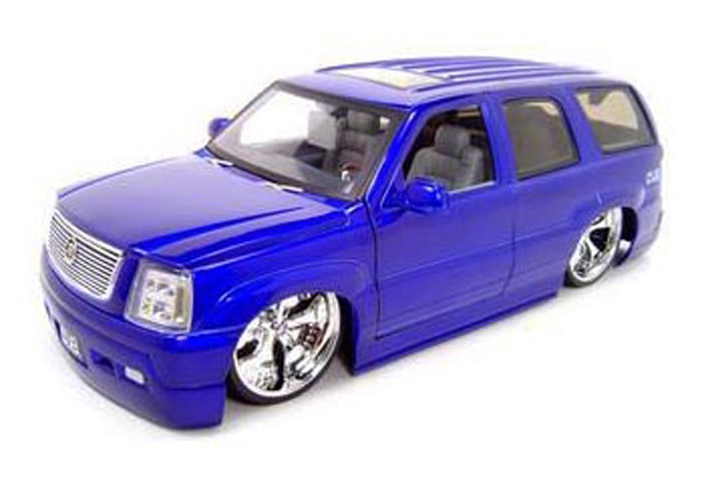 Cadillac Escalade SUV, Purple Jada Toys Dub City 63102 1 18 scale Diecast Model Toy Car by Jada