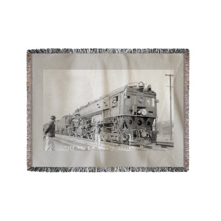 Reno, Nevada - Type 4100 Southern Pacific Rail Engine (60x80 Woven Chenille Yarn