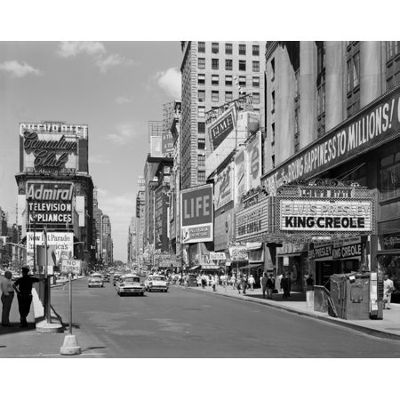 1950s Times Square View North Up 7Th Ave At 45Th St King Creole Starring Elvis Presley On Lowes State Theatre Marquee Nyc Usa Stretched Canvas - Vintage Images ()