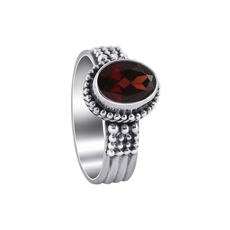 Gem Avenue 925 Sterling Silver Oval Shape Red Garnet Solitaire Ring ()