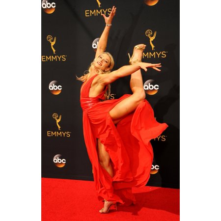 Elizabeth Real Photo - Jessie Graff At Arrivals For The 68Th Annual Primetime Emmy Awards 2016 - Arrivals 1 Microsoft Theater Los Angeles Ca September 18 2016 Photo By Elizabeth GoodenoughEverett Collection Celebrity