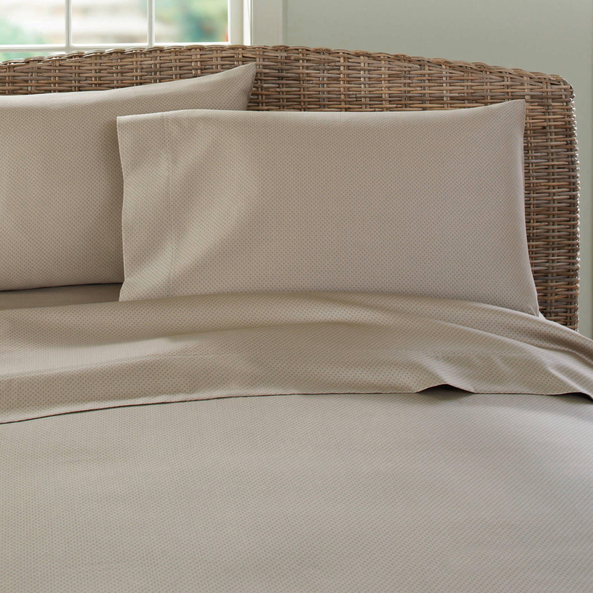 better homes gardens wrinkle free solid thread count sheet