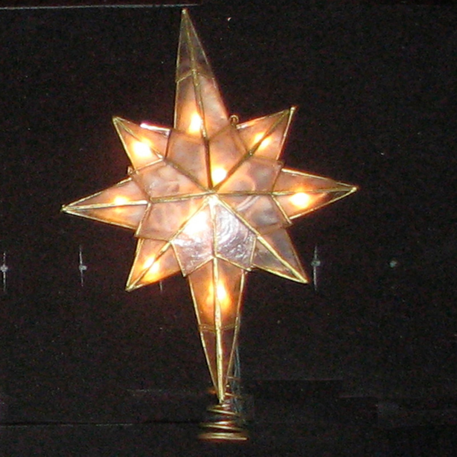 Kurt Adler 10-Light Capiz Star Clear Treetop