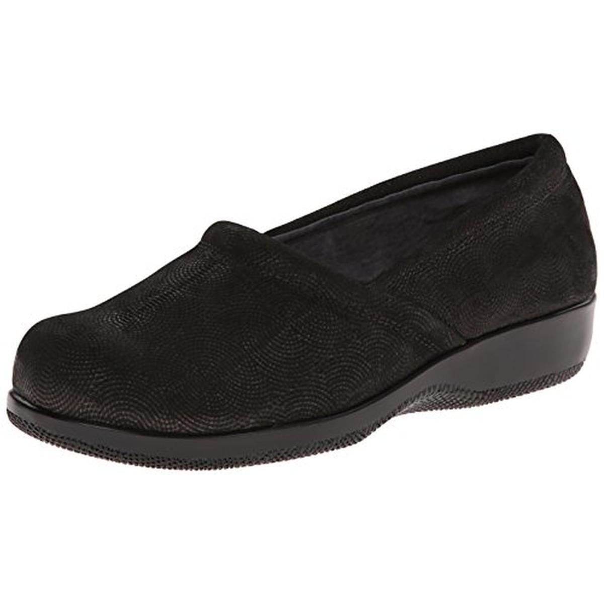 SoftWalk Womens Adora Leather Textured Loafers by SoftWalk