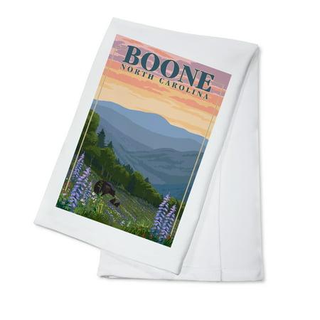 Boone, North Carolina - Bear and Spring Flowers - Lantern Press Artwork (100% Cotton Kitchen Towel)