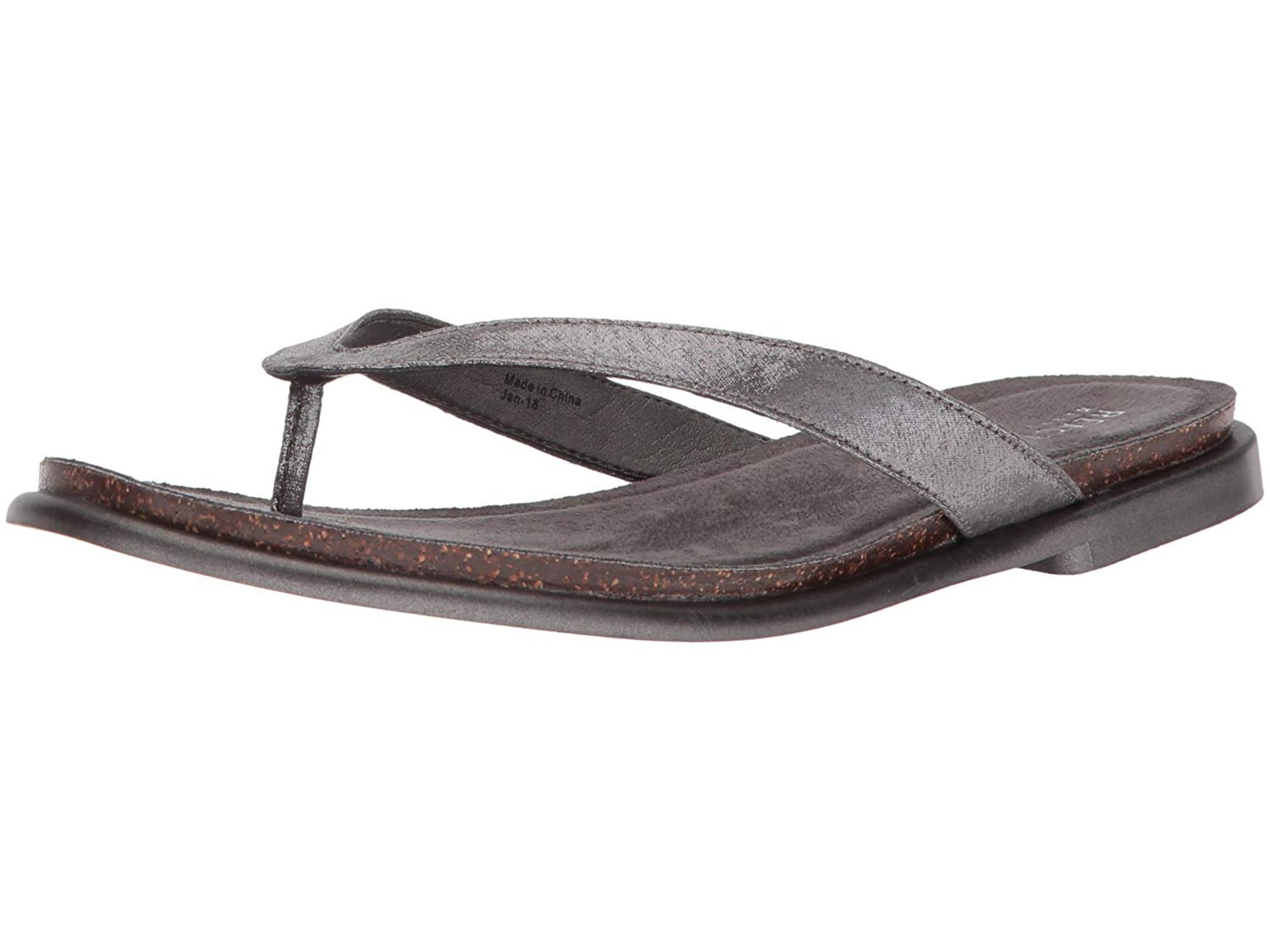 3e919424b79c80 Kenneth Cole REACTION Women s Jel Ing Flat Thong Sandal with