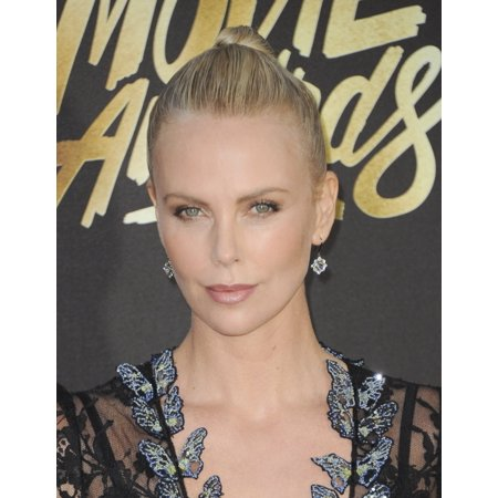 Charlize Theron At Arrivals For Mtv Movie Awards 2016 - Arrivals 2 Warner Bros Studios Burbank Ca April 9 2016 Photo By Elizabeth GoodenoughEverett Collection Celebrity