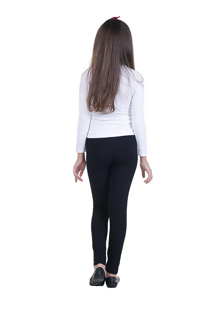 teens in leggings