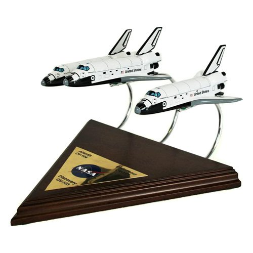 Daron Worldwide Active Shuttle Collection Model Airplane