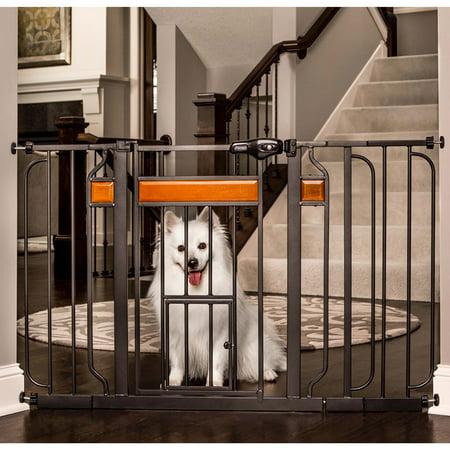 Carlson Pet Gate Design Studio