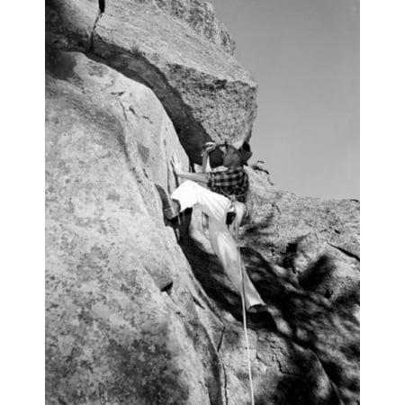 Man rock climbing Canvas Art -  (18 x 24)
