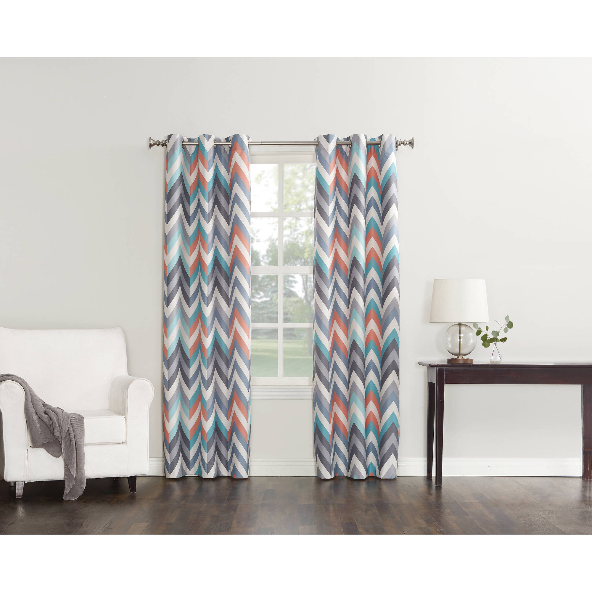 Sun Zero Largo Chevron Print Thermal Insulated Energy Efficient Curtain Panel