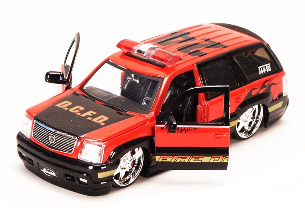 Cadillac Escalade Fire Dept. SUV, Black Red Jada Toys Heat 6632 1 24 scale Diecast Model... by Jada