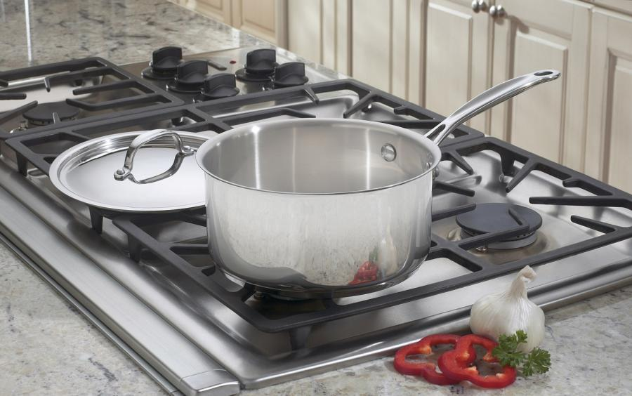 Cuisinart 719-16 Chefs Classic Stainless Saucepan with Cover 1 1//2 Quart