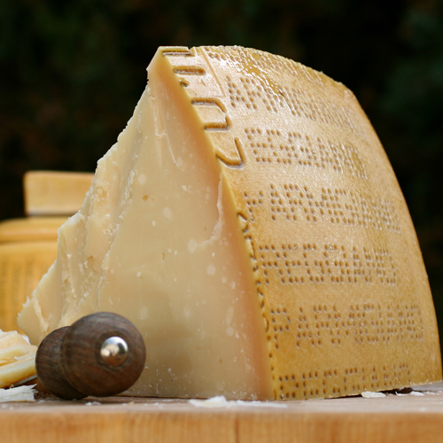 Parmigiano Reggiano 24 Month Top Grade - 3 Pound Club Cut (3 pound)