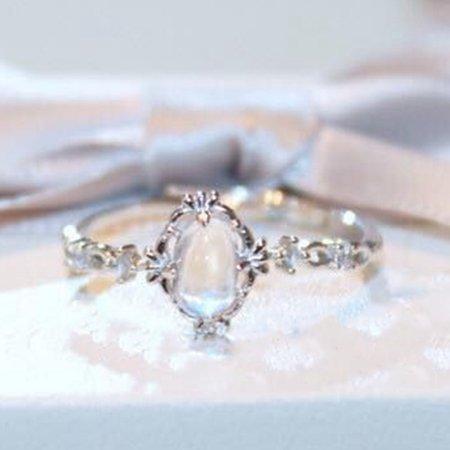 KABOER Moonstone Rings For Women Vintage Tibetan Ring Water Drop White Stone Ring Female Fashion Jewelry Mood Stone Rings