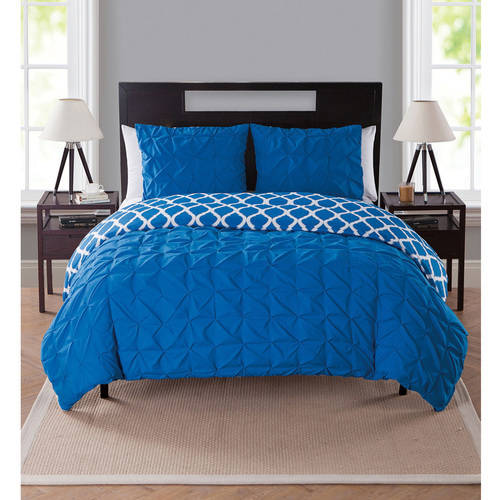 VCNY Home Scottsdale Pinch Pleat Reversible 3-Piece Bedding Duvet Cover Set with Shams, Multiple Colors Available
