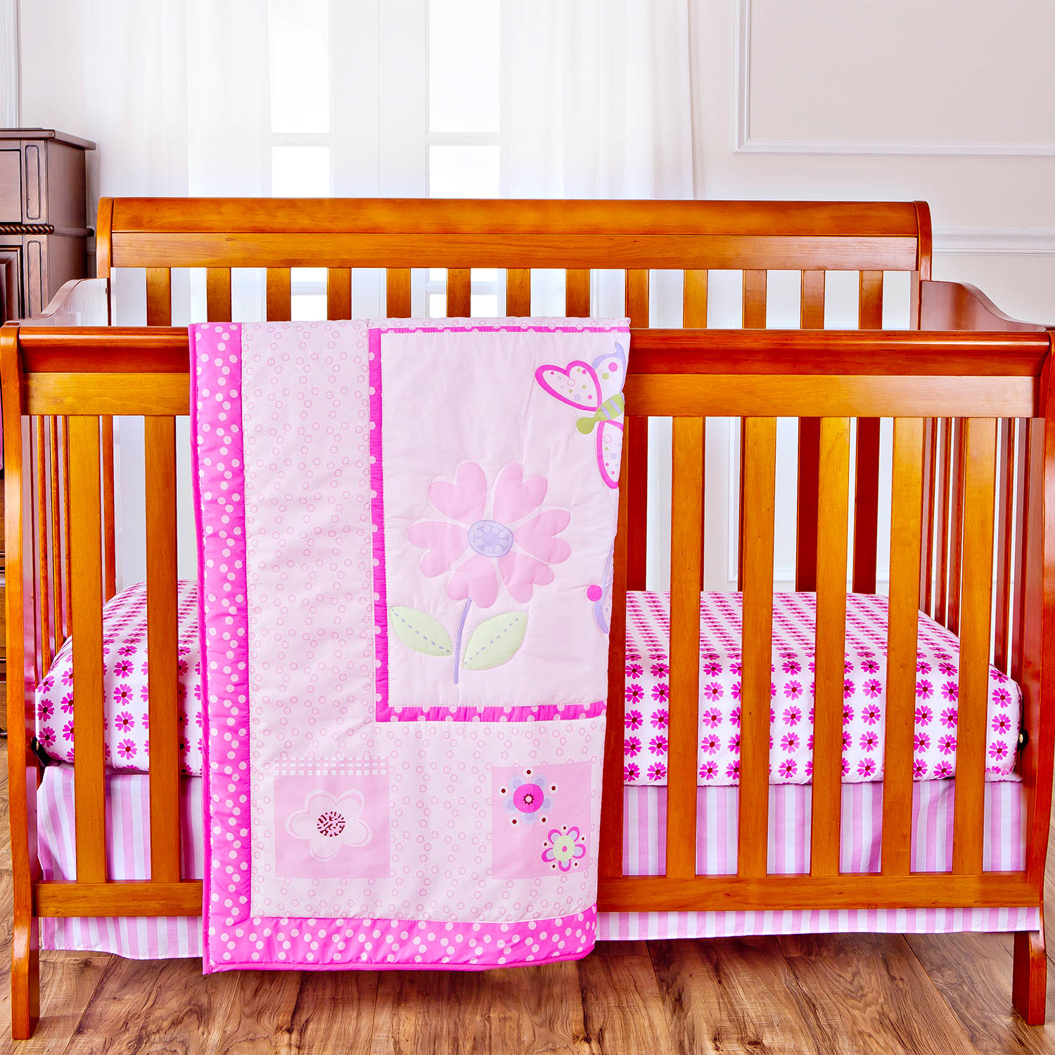 Dream On Me Pink Butterfly and Flower 4-Piece Reversible Full-Size Crib Bedding Set