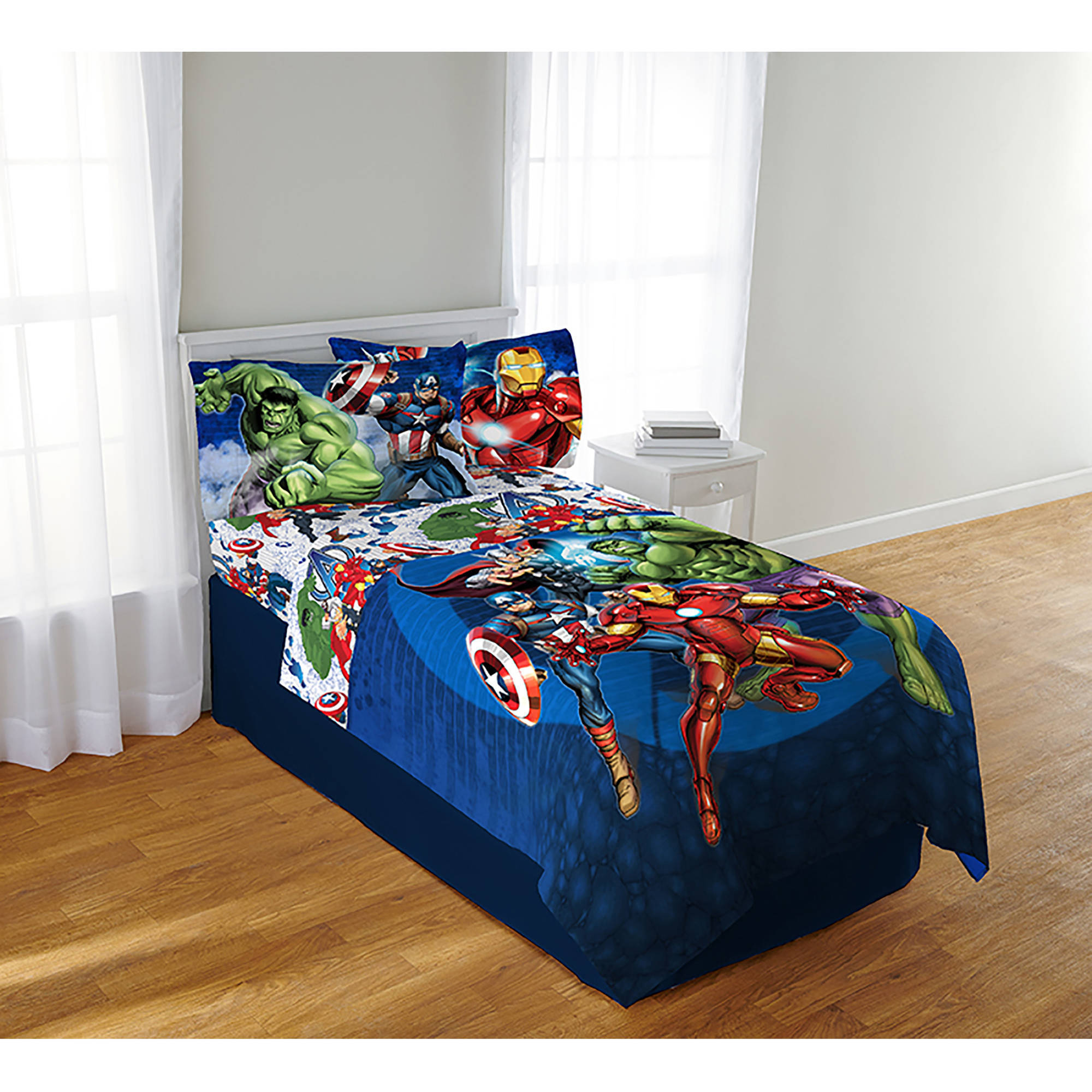 Avengers Blue Circle Bedding Sheet Set, Twin/Full