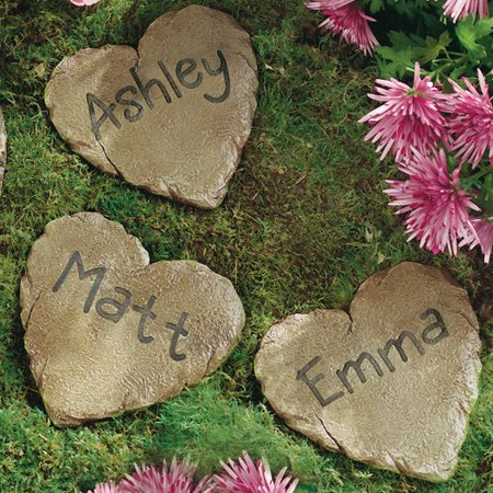 Personalized garden heart and 12quot circle stepping stone for Personalized garden stone