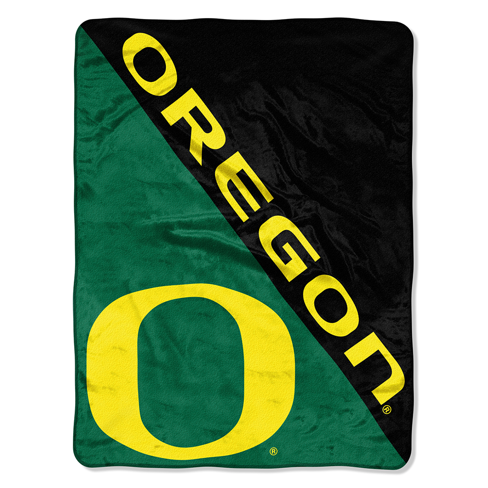 "NCAA Oregon Ducks ""Halftone"" 46""x 60"" Micro Raschel Throw"