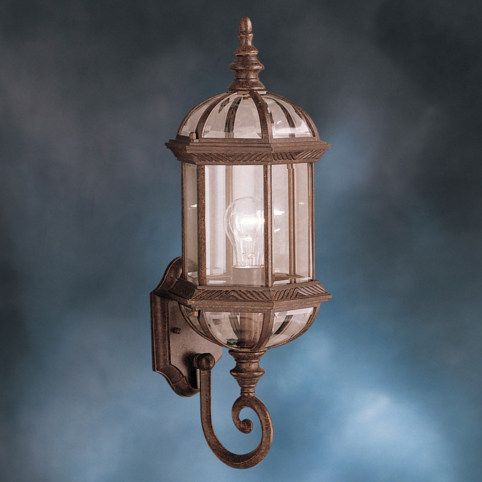 Kichler Barrie 973 Outdoor Wall Lantern
