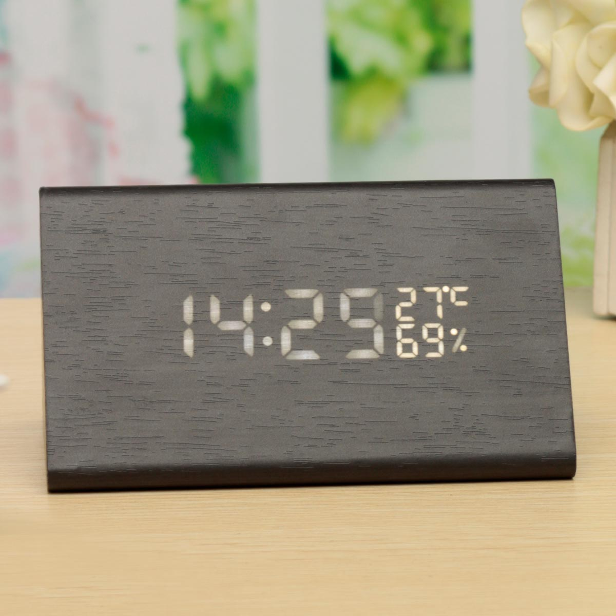 Wooden LED Digital Alarm Clock , SCOLMOREC Desk Alarm Clock Displays Time Date Temperature Humidity Sound Control for Kid, Home, Office, Daily Life