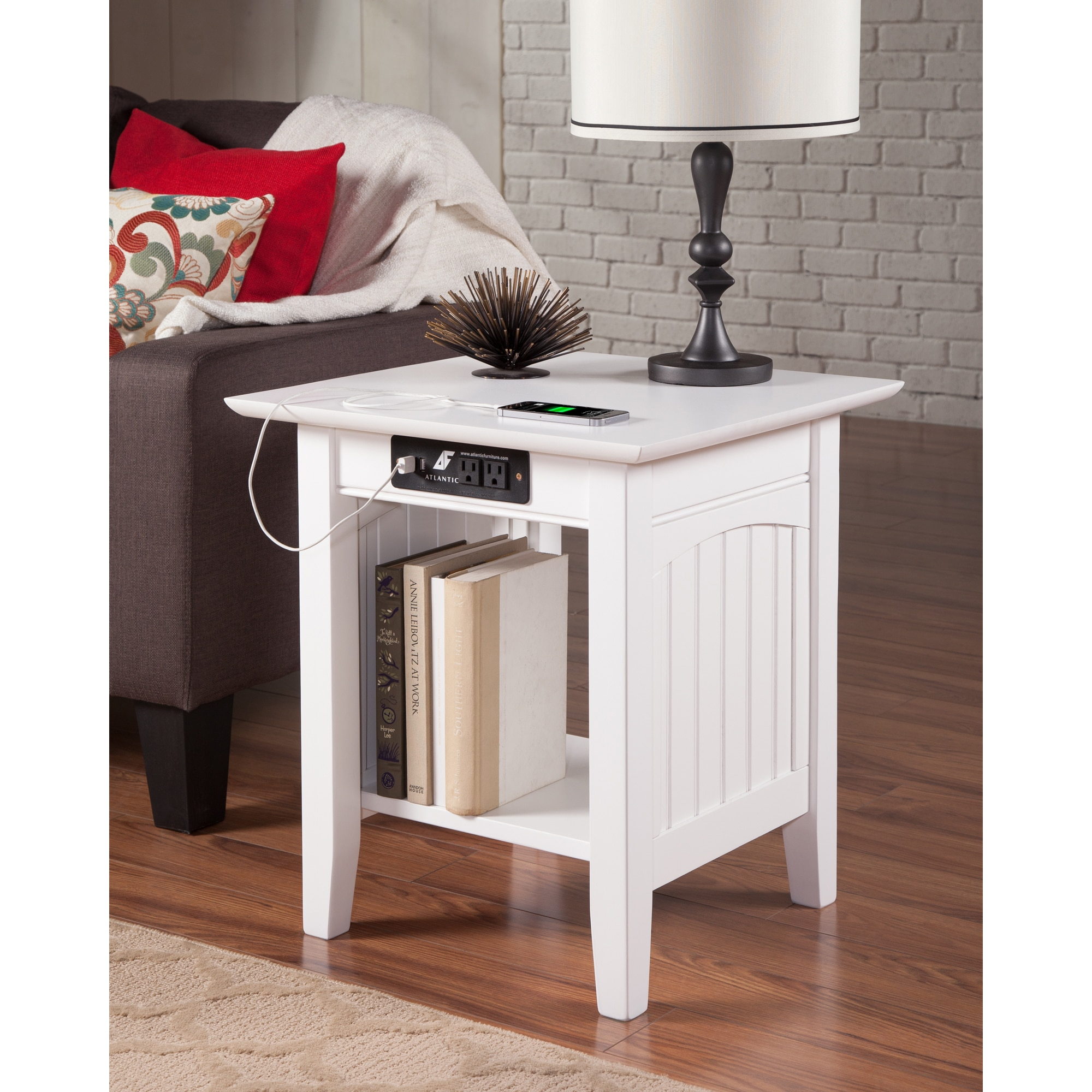 Atlantic Furniture Nantucket End Table with Charging Station in White