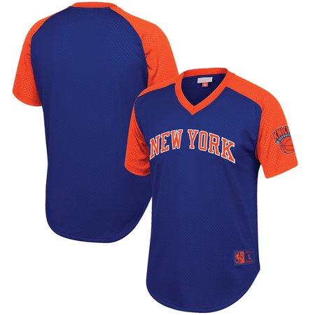 competitive price 05aa6 07c93 New York Knicks Mitchell & Ness Hardwood Classics Final Seconds Mesh Raglan  Sleeve V-Neck T-Shirt - Blue - Walmart.com