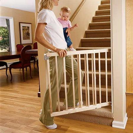 North States Stairway Swing Pet Gate  Wood  28    42  X 30