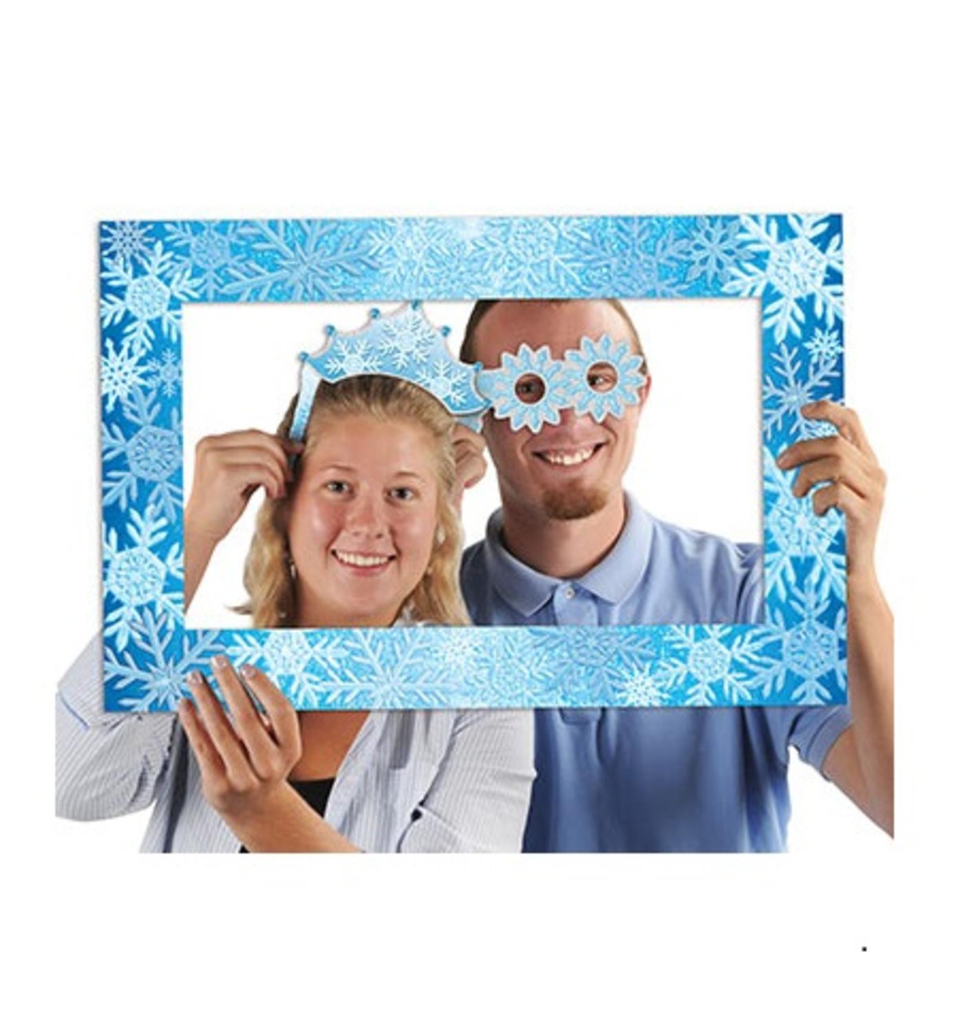 Club Pack of 12 Winter Snowflakes Photo Fun Frame Novelty...