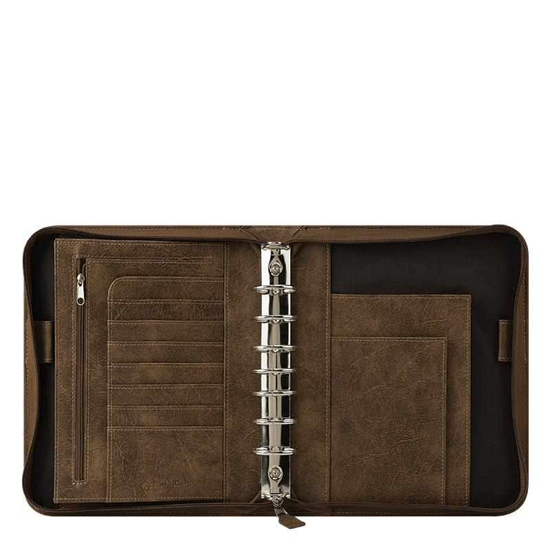 Brown FranklinCovey Compact FC Basics Distressed Simulated Leather Zipper Binder
