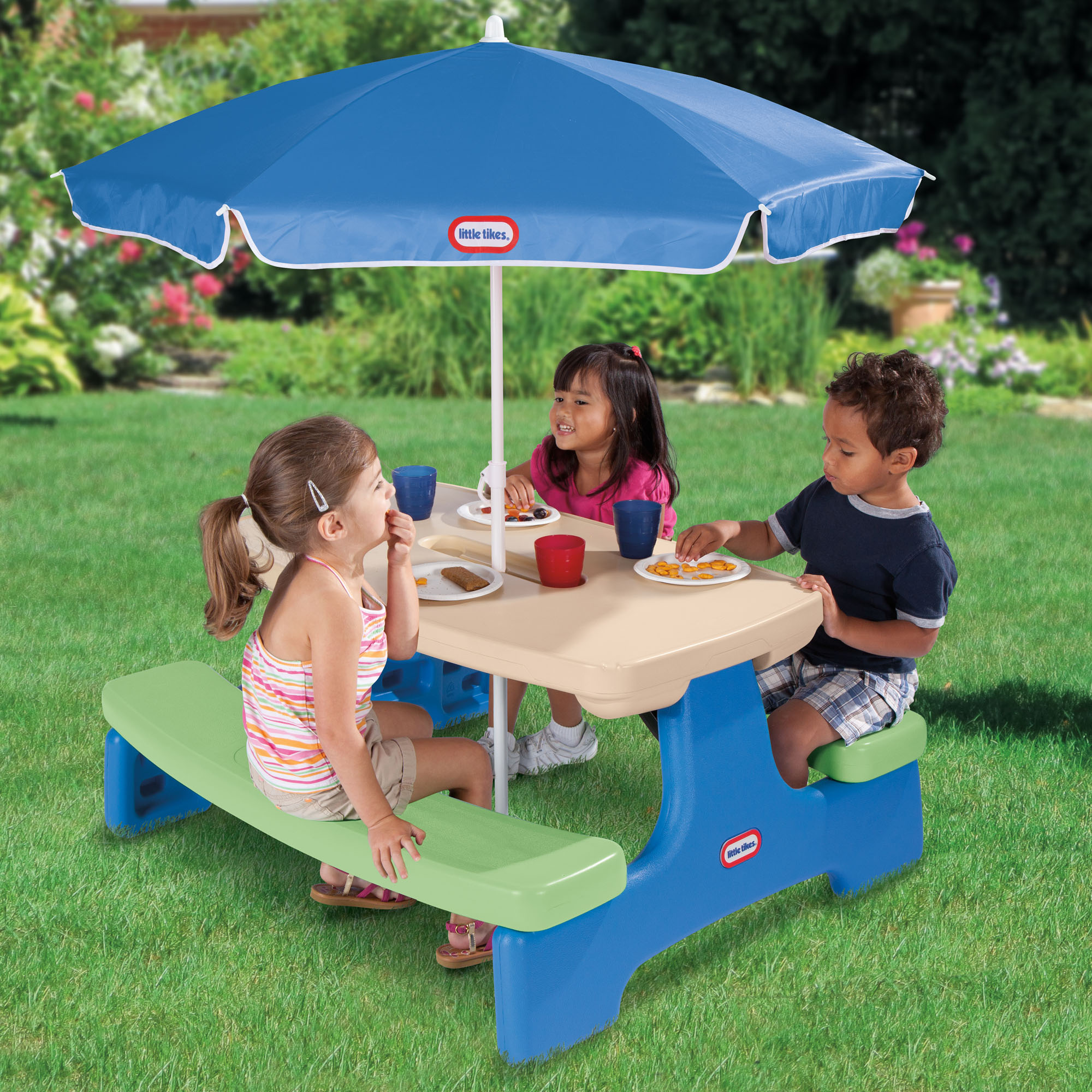 Ordinaire Little Tikes Easy Store Kids Picnic Table With Umbrella