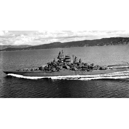 Uss Tennessee Battleship - LAMINATED POSTER The U.S. Navy battleship USS Tennessee (BB-43) underway in Puget Sound, Washington (USA), on 12 May Poster Print 24 x 36