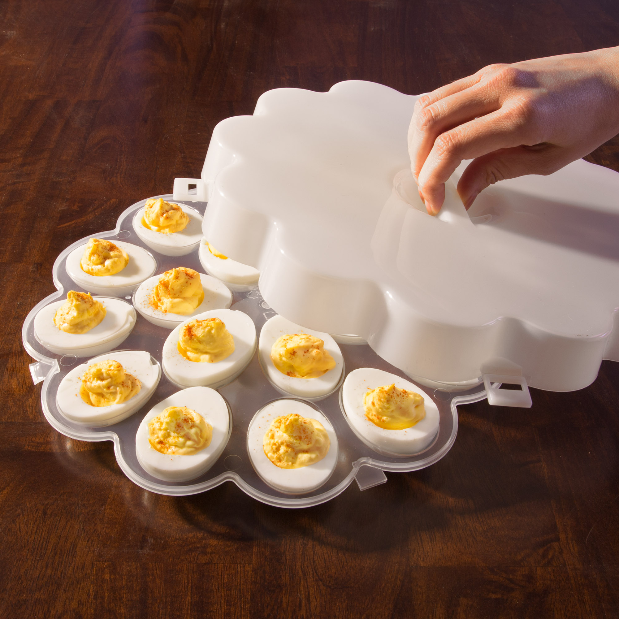 one 1 deviled egg container carrier tray and lid with handle