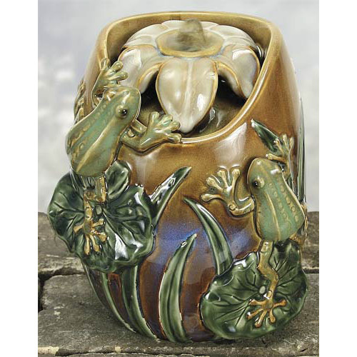 Coynes Porcelain Frogs in Lily Pond Water Fountain