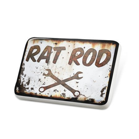 Porcelein Pin Rusty old look car Rat rod Lapel Badge –