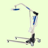 Invacare Patient Lift (Invacare RPL450-1 Power Body Patient Lift (Invacare Reliant 450 Battery-Powered Lift with Low Base - RPL4501) with (FREE Invacare Reliant Full Body Mesh sling, Large - R111) )
