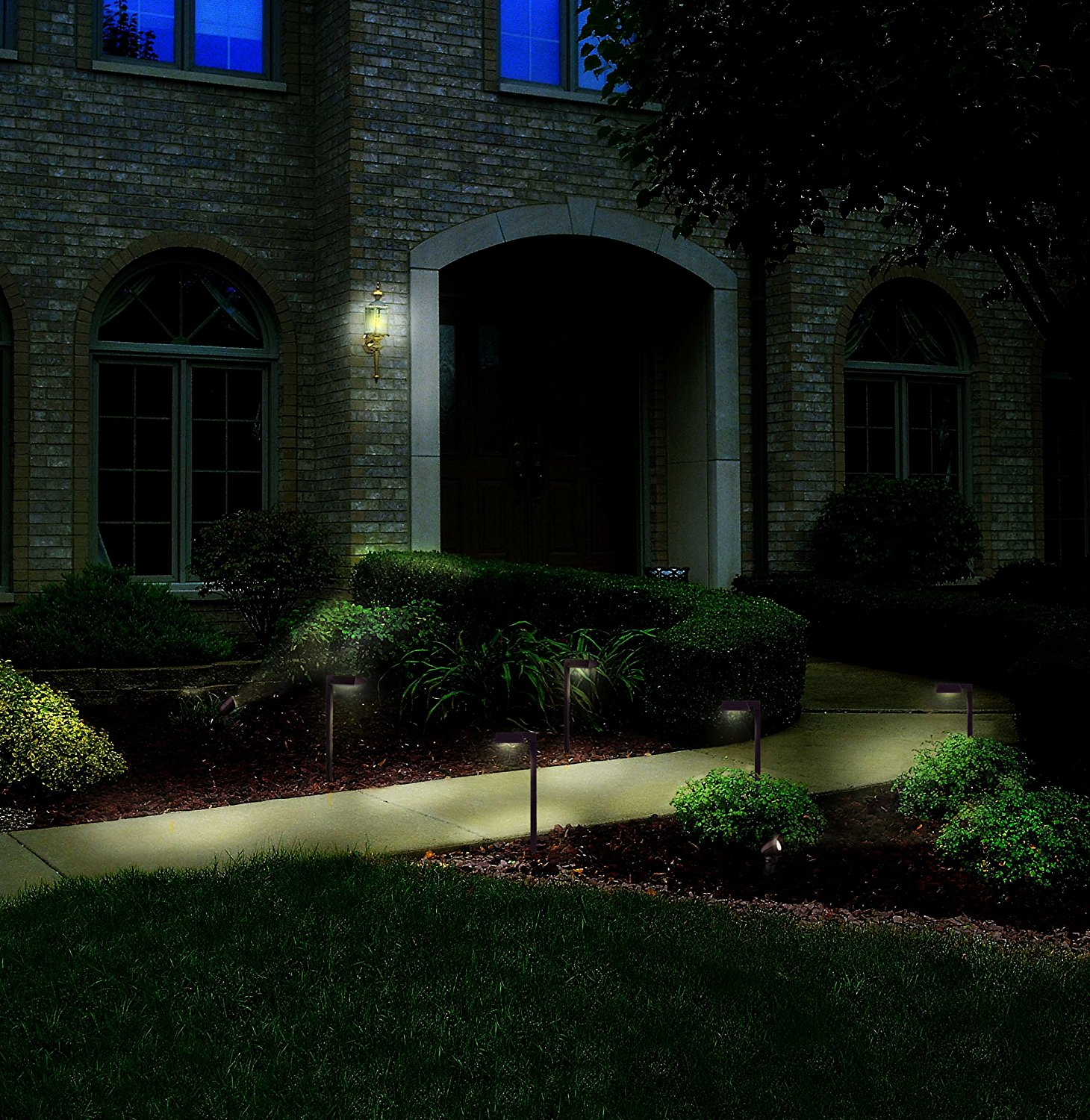 Malibu Equinox 6 Pack Led Light Kit Low Voltage Landscape Lighting 4 Pathway Lights 2 Floodlights 75 Of Cable 45w