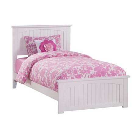 Nantucket Traditional Bed with Matching Foot Board, Multiple Sizes, Multiple Colors
