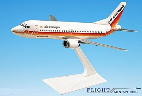 Air Europa 737-300 Airplane Miniature Model Plastic Snap-Fit 1:180 Part# ABO-73730F-016 by